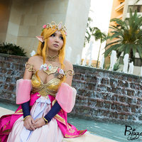 Princess Zelda - WonderCon 2018 Thumbnail