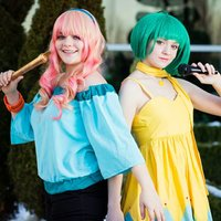 Hatter Sisters Cosplay